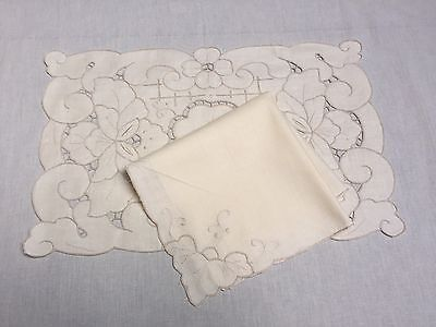 """8 Piece Set Ecru Rose Dining Table Linen 14x20 Inch Placemats 18"""" Inch Napkin"""