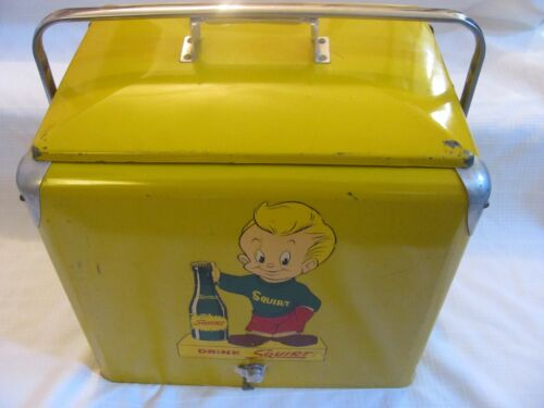 ADVERTISING VINTAGE SODA SQUIRT COOLER REFRIGERATOR WITH DECAL BOY 1950
