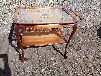 älterer Chippendale Stil Beistelltisch Servierwagen Teewagen Wiener Korbgeflecht