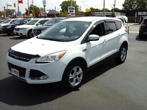 2013 FORD ESCAPE SE- HEATED FRONT SEATS, BLUETOOTH, SATELLITE RA