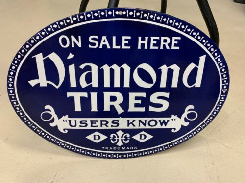 """""""DIAMOND TIRES"""" HEAVY DOUBLE SIDED PORCELAIN SIGN, (22""""x 16"""") NEAR MINT"""