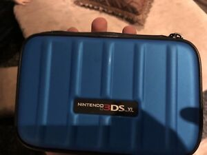 3DS XL with 10  games and case