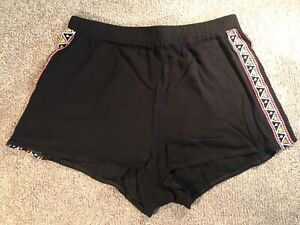 Paper Scissors Light Weight Shorts in Black Size 10 Narre Warren Casey Area Preview