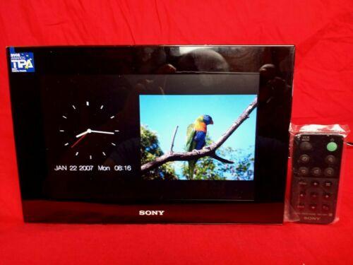 SONY S-FRAME DIGITAL PICTURE FRAME W/Remote  DPF-V900 Works