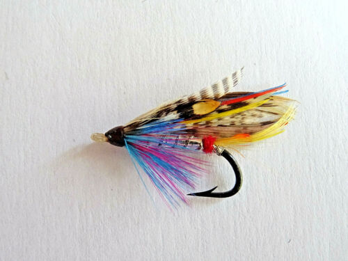 A VINTAGE GUT EYED HARDY SIVER WILKINSON SALMON FLY APPROX SIZE 7