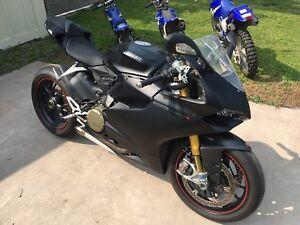 2014 Ducati 1199 Panigale S - Matte Black