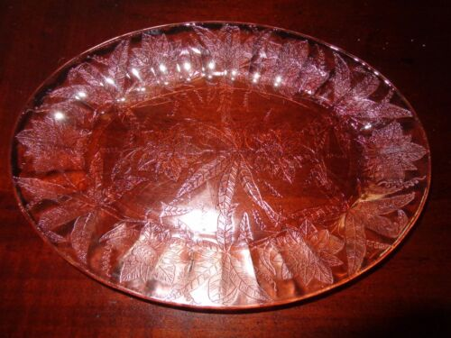 "Jeannette Glass Pink Floral Poinsettia Oval Serving Platter(s) 10 3/4"" MORE AVAI"