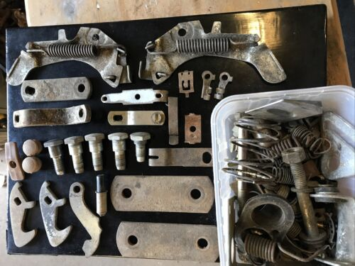 Car Parts - Holden HG HK HT Monaro assorted Parts Seatbelt Trim Door Bonnet Job Lot