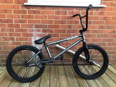 Customised bmx bike raw frame and the rest I black really good condition
