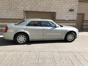 2006 Chrysler 300, excellent condition