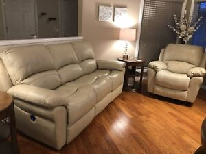 *New! Genuine Leather Power Reclining Sofa and Swivel Chair