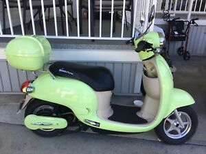 For sale 2016 motorino electric XPE 50cc scooter