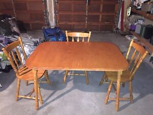 Table and 3 Chairs - Maple Wood