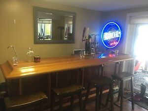 Complete home bar with Draught system.