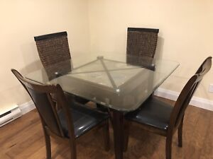 Dining table with 4 chairs nature stone