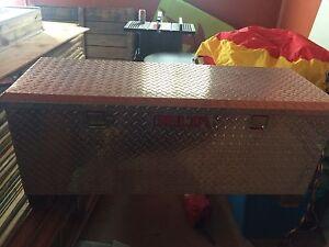 Coffre d'aluminium Delta