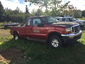 Ford F-250. 4X4,