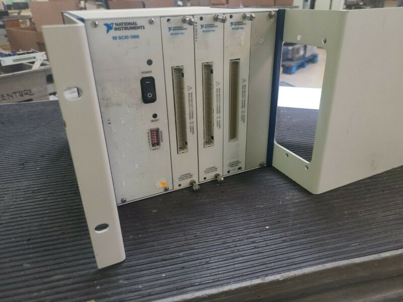 NI National Instruments SCXI-1000 4-Slot Chassis, 1121 X 2 and 1102