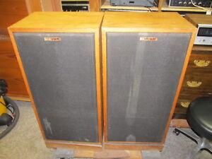Vintage Pair Klipsch Forte Speakers