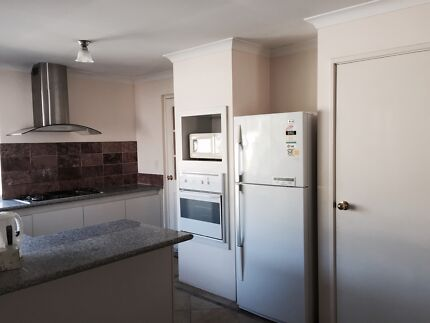 Room for female in 4 x 2 furnished house near Curtin Uni and River