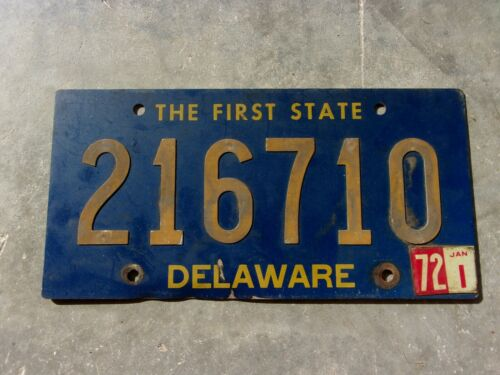 Delaware 1972 riveted numbers license plate  #  216710