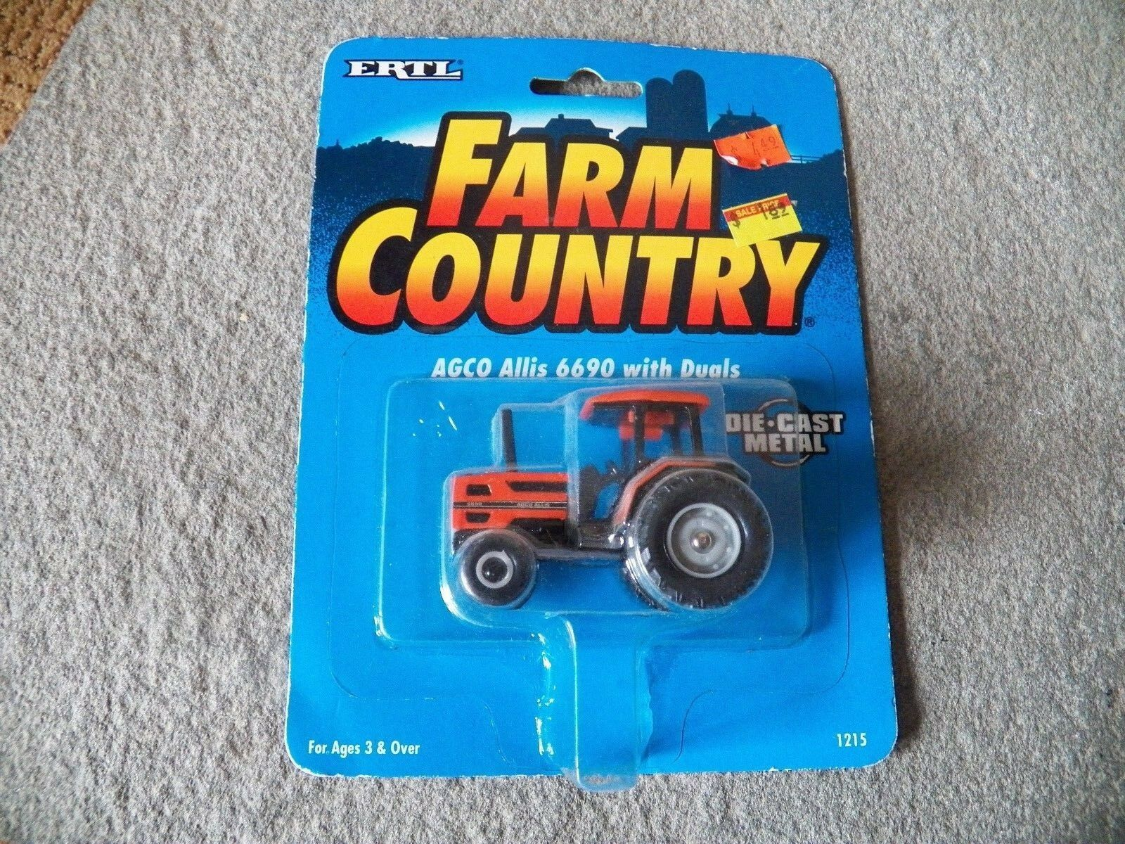 ERTL Farm Country Die cast NEW AGCO Allis 6690 with Duals