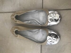 Authentic Tory Burch flats size 7.5