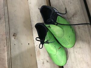 Adidas kids asoccer sport shoes size us 1