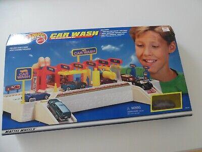 Mattel Hot Wheels  Car Wash NIB NEW - RARE PLAYSET bad box