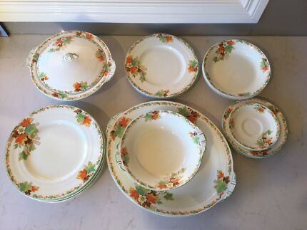 Grindley Cream Petal Autumn Vintage Bone China Tea Dinner Set