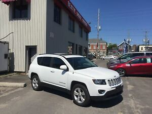 2016 Jeep Compass North LEATHER/ SUNROOF/ BLUETOOTH