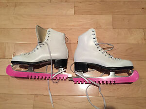 CCM Youth Figure Skates