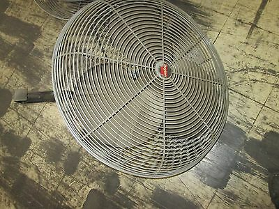 Dayton Exhaust Fan 3c218c 24 Fan 1 Speed Motor 9k972 14hp 1ph 115v Used