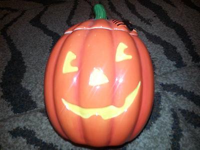 HALLMARK Pumpkin COOKIE JAR Jack O'Lantern HALLOWEEN Ceramic Container NEW](Hallmark Halloween Cookie Jars)