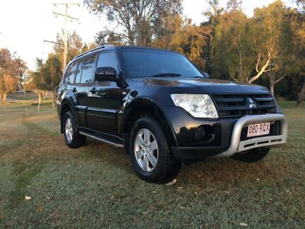 2007 Mitsubishi Pajero / Turbo Diesel / 7 Seaters/ 4x4 / nice car Labrador Gold Coast City Preview