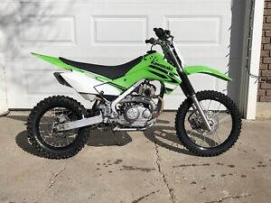 KAWASAKI Dirt Bike KLX140, very nice