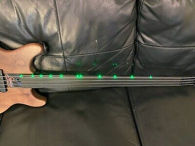 Status Graphite Mark King Level 42 Kingbass bass guitar FRETLESS - GREEN LEDS