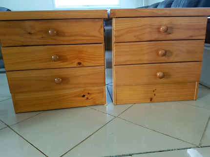 Bedside tables bed drawers guc