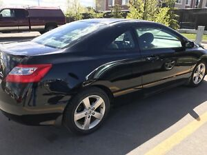 Honda civic coupe 2010