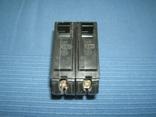 GE General Electric 30 Amp 1 POLE 2 Circuit Breakers THQL 1130