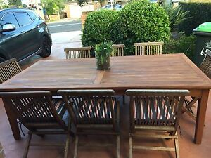 Outdoor set teak 8 to 10 seater Condell Park Bankstown Area Preview