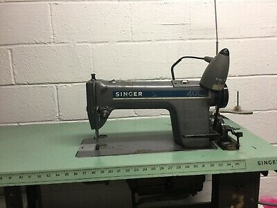 Vintage Electrical Industrial Singer Sewing Machine With Table Ad678546