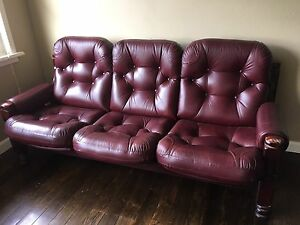retro style 3 seater leather sofa Collaroy Manly Area Preview