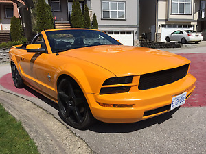 Immaculate 2007 Mustang Convertible in RARE Grabber Orange