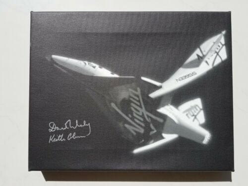 Signed Canvas Print of Virgin Galactic SpaceShipTwo Test Flight - McKay & Colmer