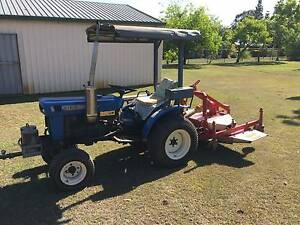Iseki Tractor and Superior Mower Deck for sale Bridgeman Downs Brisbane North East Preview