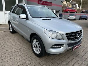 Mercedes-Benz M -Klasse ML 250 CDI BlueTEC / 1. Hand