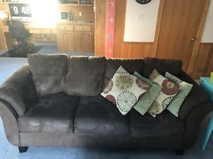 Brown Microfibre Couch with 4 Throw Pillows