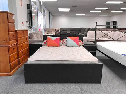 TODAY DELIVERY MODERN WOODEN Double bed & COMFORTABLE mattress