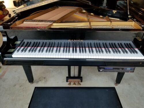 Samick baby grand player piano
